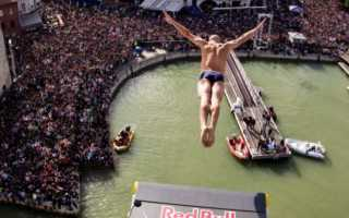 Рекорд по прыжкам в воду с высоты