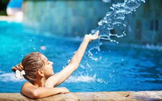 При какой температуре можно купаться в бассейне